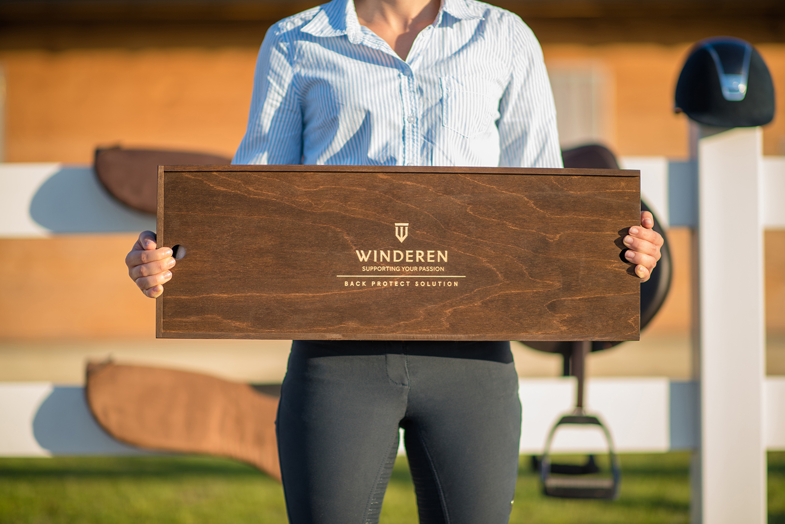 Winderen_saddle_half_pad_boxl